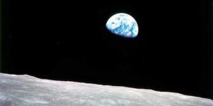 cropped-earth-rise1.jpg